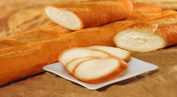 sử dụng bánh mì khử mùi hôi tủ lạnh