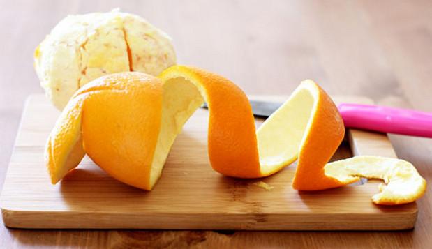 cách trị mùi hôi giày bằng vỏ chanh, cam, quýt, bưởi