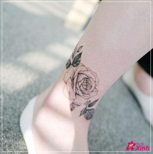 hình xăm hoa hồng mini ở chân đẹp nhất