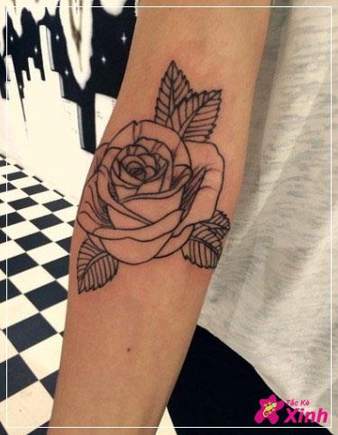 Tattoo hoa hồng đẹp ở tay