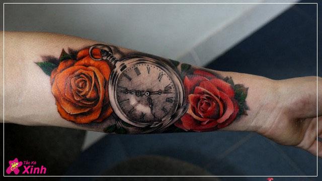 hình xăm hoa hồng và đồng hồ kín tay 001