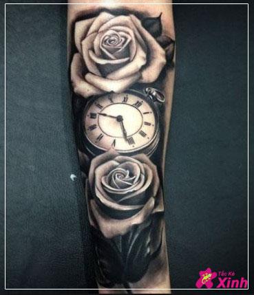 hình xăm hoa hồng và đồng hồ kín tay 005
