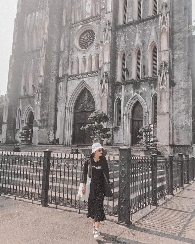 Chụp ảnh OOTD tại Nhà thờ lớn Hà Nội