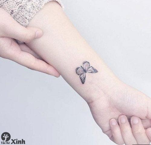hình xăm mini ở cổ tay cho nữ 01