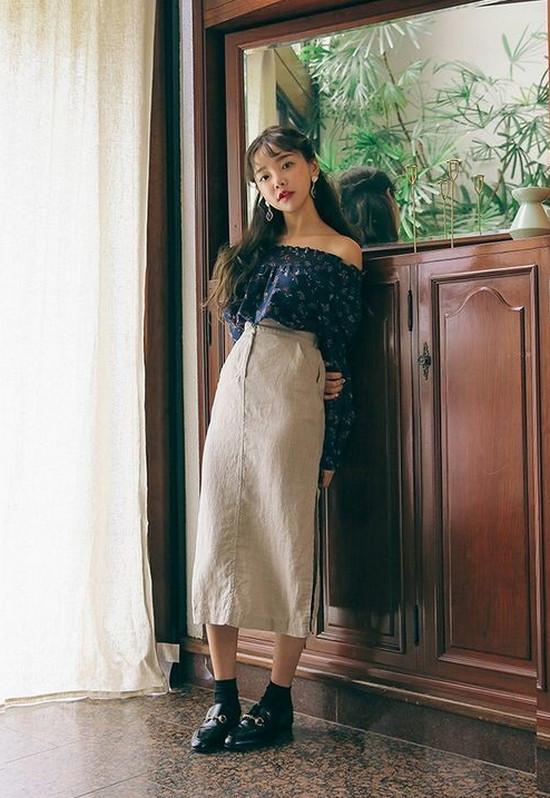 phối đồ phong cách vintage - chân váy midi