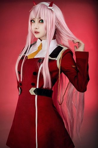 cosplay Zero Two (Darling in the Franxx)