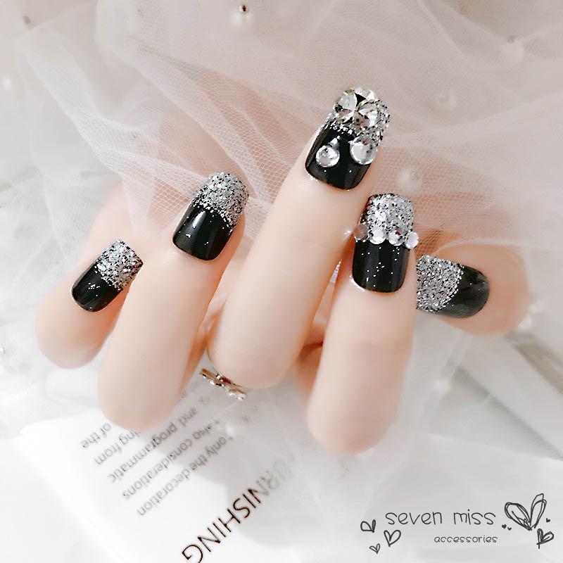 mẫu nail đính đá đẹp nhất 04