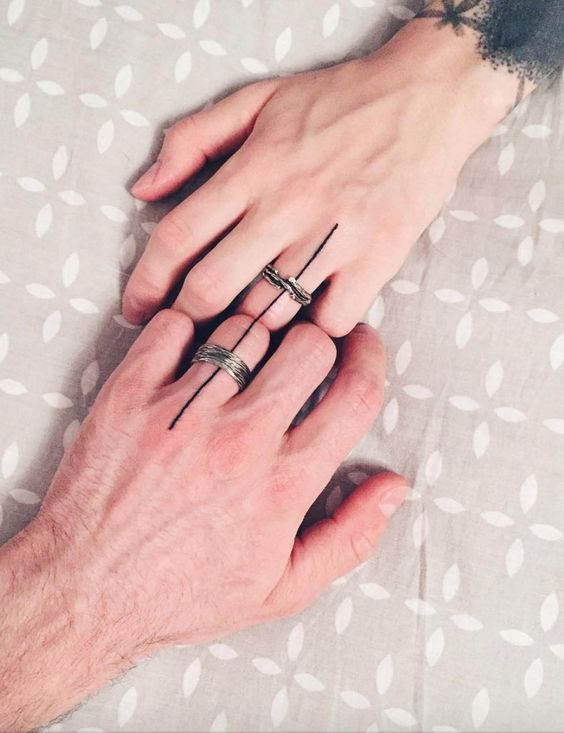 Hình xăm đôi ở ngón tay 015