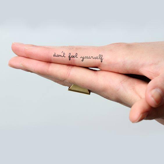 Hình xăm ngón tay nữ đẹp 02