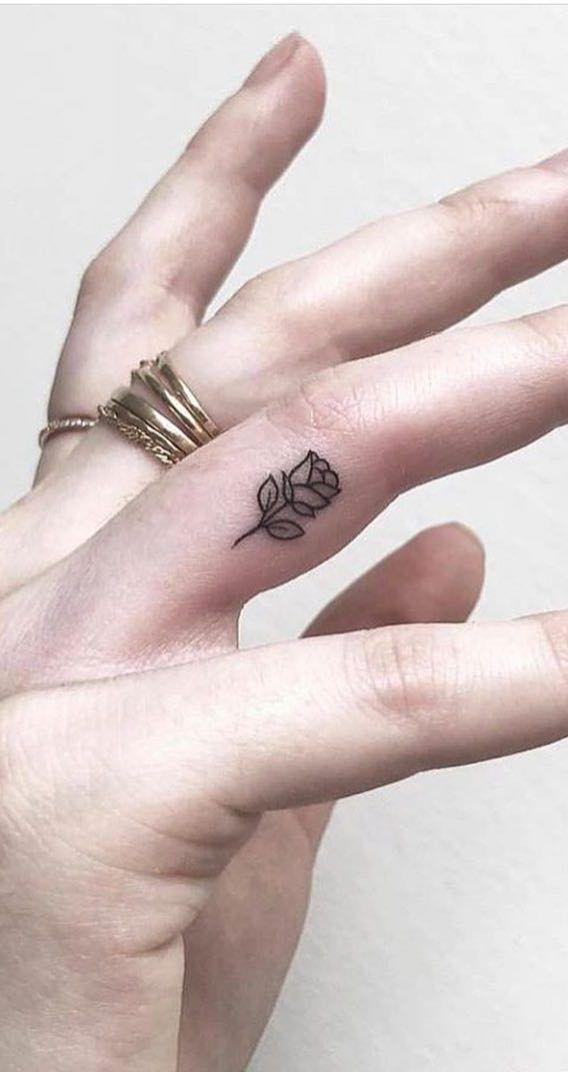 Hình xăm ngón tay nữ đẹp 018