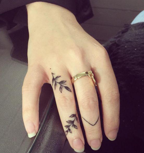 Hình xăm ngón tay nữ đẹp 04