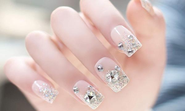 mẫu nail cô dâu đính đá 01