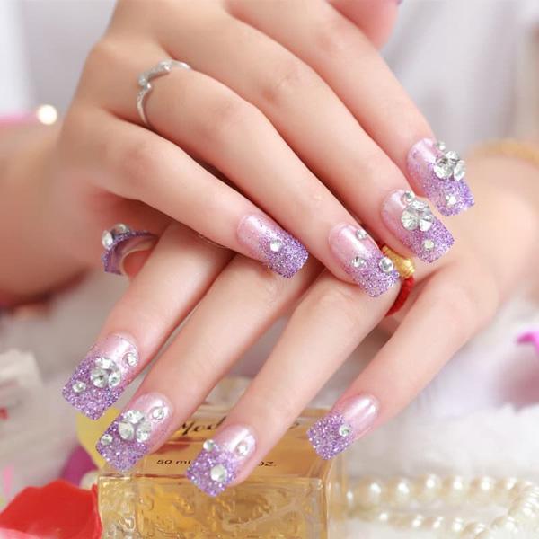 mẫu nail cô dâu đính đá 05