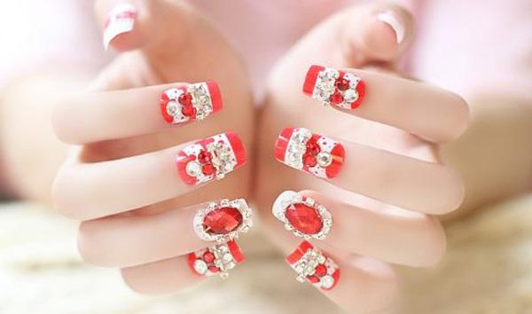 Mẫu nail cô dâu màu đỏ 05