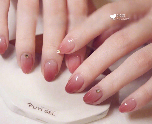 Mẫu nail cô dâu ombre 04