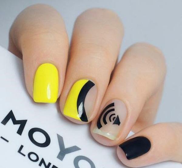 Mẫu nail màu vàng HOT Trend 09