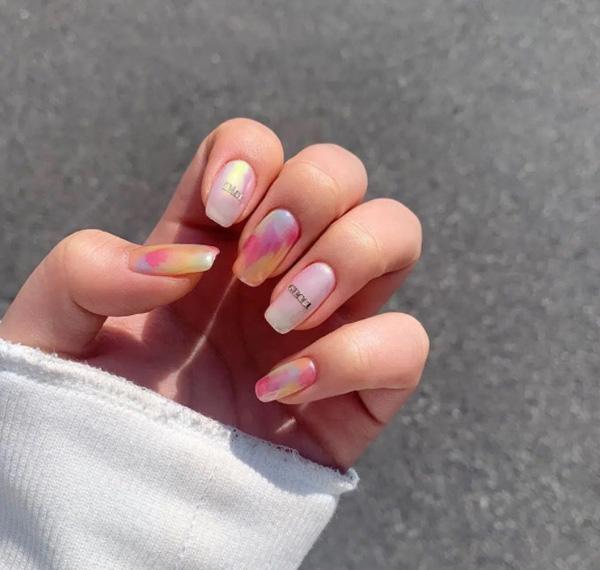 mẫu nail gucci đẹp sang chảnh 012