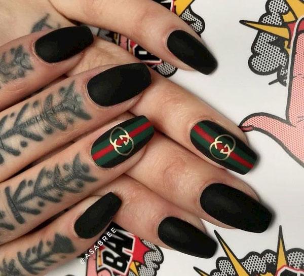 mẫu nail gucci đẹp sang chảnh 014