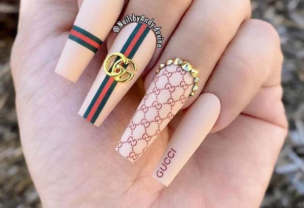 mẫu nail gucci đẹp sang chảnh 06