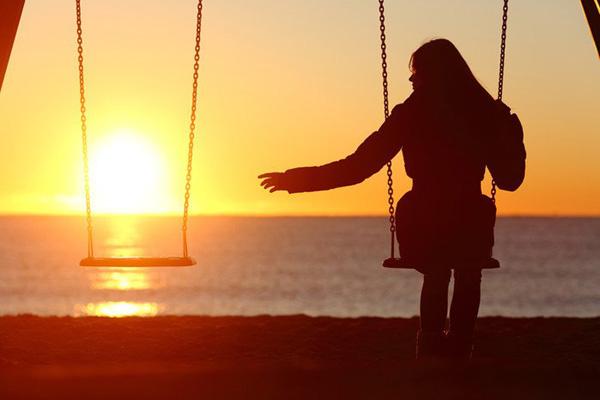 Hình ảnh độc thân buồn, cô đơn 05