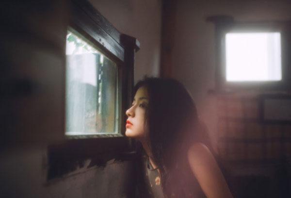 Hình ảnh độc thân buồn, cô đơn 07