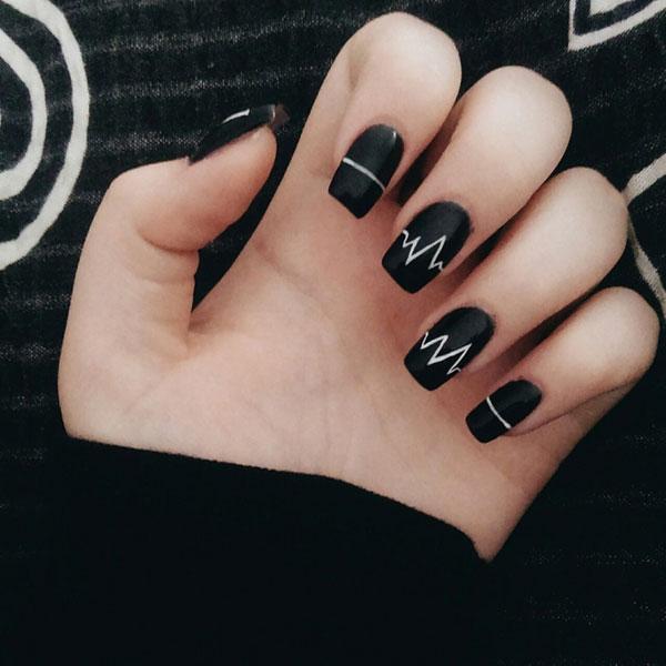 Mẫu nail màu đen trắn 01