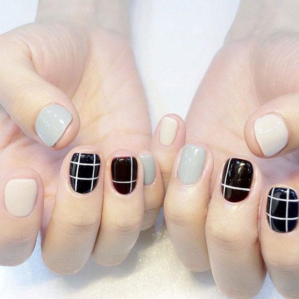 Mẫu nail màu đen trắn 04