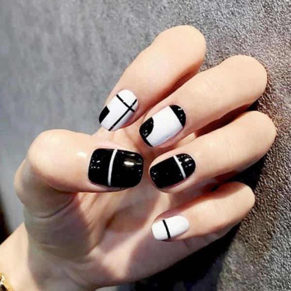 Mẫu nail màu đen trắn 05